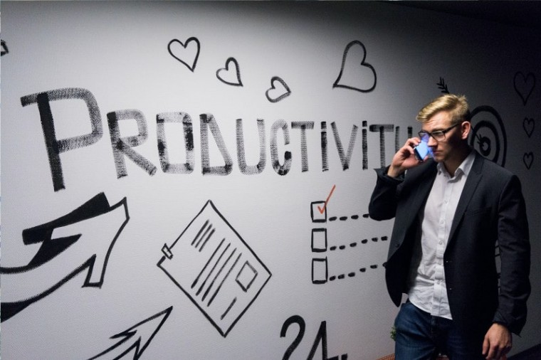 ser empreendedor e ter uma assistente virtual